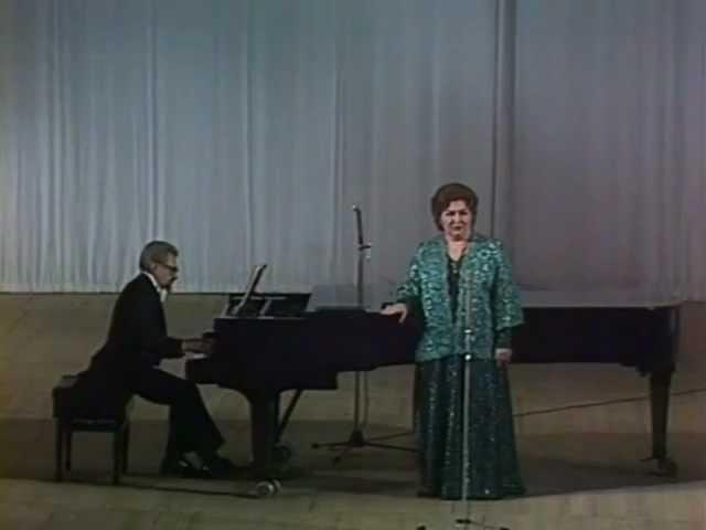 Ирина Архипова Красный сарафан