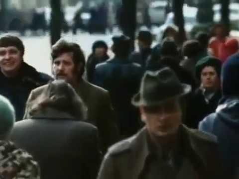 Павел Кравецкий (за кадром) Зимний город