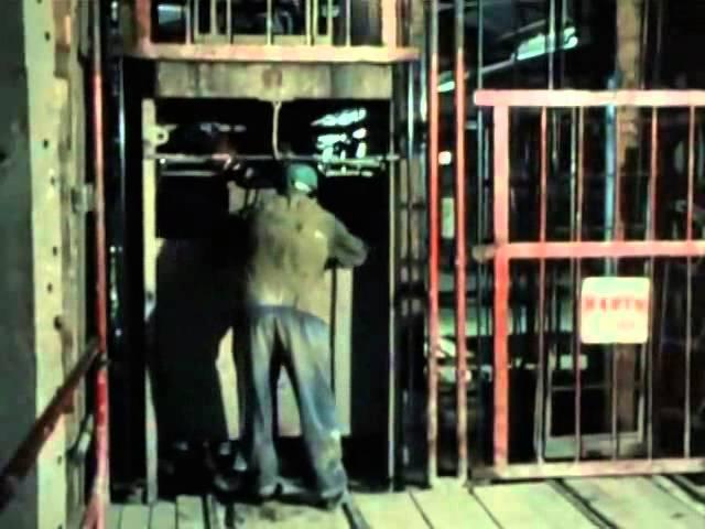 Павел Кравецкий (за кадром) Приходят и уходят поезда