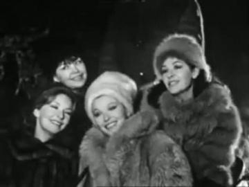 Марина Влади и ее сестры: Одиль Версуа, Элен Валье, Ольга Варен Оранжевая песенка
