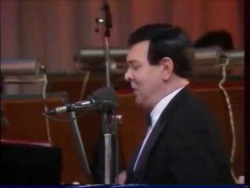 Муслим Магомаев Пой, гитара